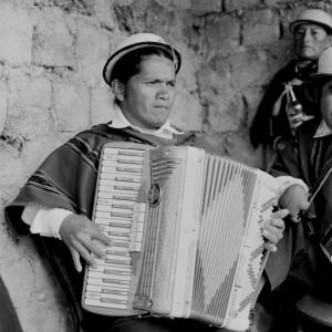 Man with accordion, Cuchucun