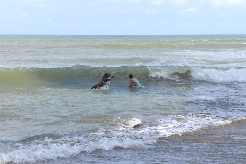 S & Ron in surf